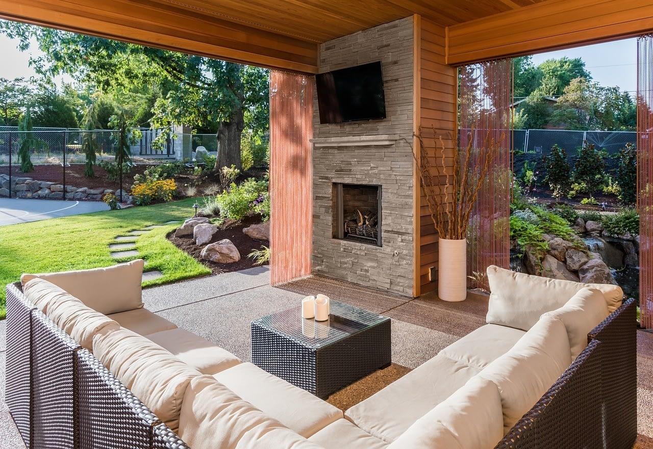 backyard custom patio